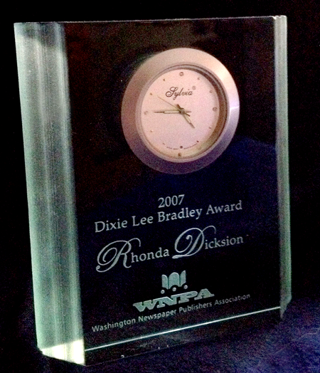Dixie Lee Bradley Award for Outstanding Work in Community Newspapering